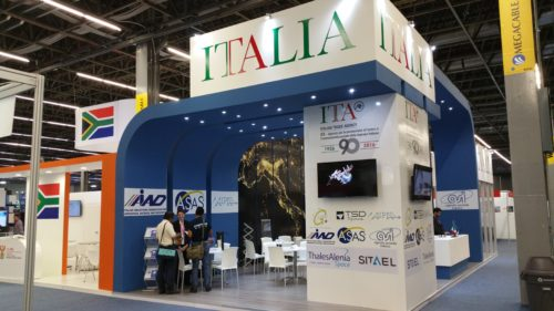 GAUSS stand in the Italian pavilion, at the Exhibit Room of Expo Guadalajara, IAC 2016