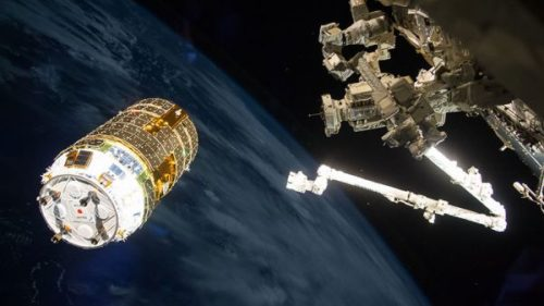 HTV-6-approaching the ISS' robotic arm - Courtesy of Nasa