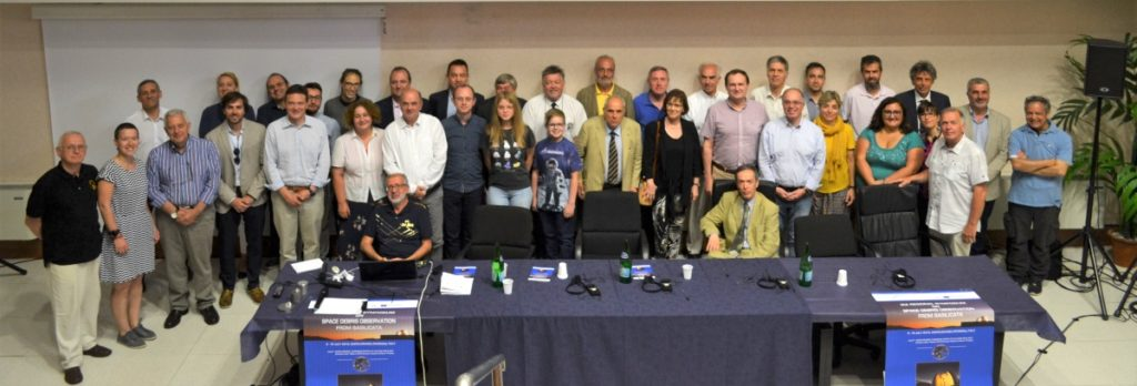 Group photo of 2019 IAA Space Debris Conference in Castelgrande